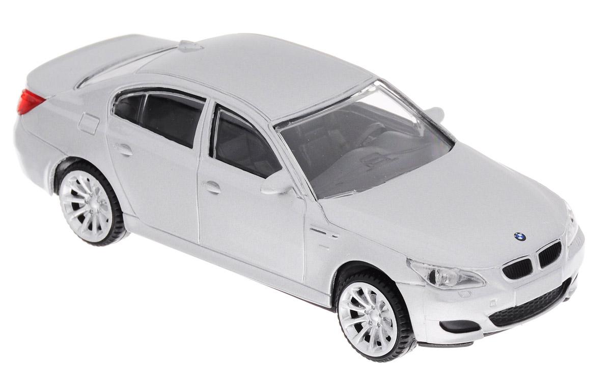 Rastar Модель автомобиля BMW M5 цвет серебристый37500_серебристыйМодель автомобиля Rastar BMW M5 будет отличным подарком как ребенку, так и взрослому коллекционеру. Благодаря броской внешности, а также великолепной точности, с которой создатели этой модели масштабом 1:43 передали внешний вид настоящего автомобиля, машинка станет подлинным украшением любой коллекции авто. Модель будет долго служить своему владельцу благодаря металлическому корпусу с элементами из пластика. Колеса машинки свободно вращаются. Модель автомобиля Rastar BMW M5 обязательно понравится вашему ребенку и станет достойным экспонатом любой коллекции.