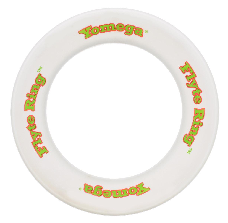 YoMega Летающие кольцо Flyte Ring цвет белый608_белыйЛетающее кольцо YoMega Flyte Ring, разработанное профессионалами имеет уникальный аэродинамические свойства, позволяющие ему лететь долго, легко и с большим подъемом. Все в этом кольце выполнено для удобной и непринужденной игры. Потрясающие аэродинамические характеристики обеспечивают полет кольца на большие дистанции при различных погодных условиях. Кольцо оптимально для удобной игры продвинутыми игроками и новичками. Каждый ребенок будет рад такому яркому и спортивному подарку.