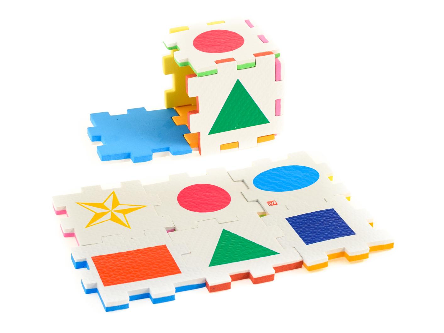 Нескучный кубик Пазл для малышей Фигуры282354Развивающее пособие-игрушка призвано в легкой игровой форме помочь ребенку познакомиться с окружающим миром, изучить цвета, формы, развить логическое и ассоциативное мышление. Из деталей кубика можно конструировать не только кубик из 6 элементов! Попробуйте собрать форму побольше — из 10-12 деталей, либо кубик из 24 деталей, у которого каждая сторона будет состоять из 4-х картинок-элементов. Либо вы можете сложить с ребенком необычный коврик из деталей кубика. Позвольте ребенку поиграть самому — он сможет сконструировать разные формы и фигуры, которые подскажет ему его воображение. С детьми постарше можно заниматься изучением иностранных языков в игровой форме.