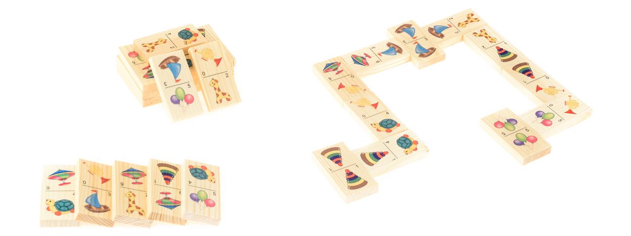 Развивающие деревянные игрушки Домино Игрушки-2Д205аБОЛЬШОЕ ДОМИНО для детей — отличная разивающая игрушка из экологичного материала — натурального дерева, которую мы производим в России. Фишки большого размера — 10х35х70 мм — прекрасно подойдут даже для самых маленьких игроков. Малышу удобно держать такую фишку. Рисунки на ней — яркие и большие. С этой игрушкой можно играть не только дома, но и эффективно использовать для занятий в детском саду. Играя, ребёнок развивает целый спектр навыков: моторику, логику, воображение, а также изучает окружающий мир, счёт, арифметику и цвета.