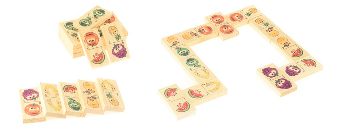 Развивающие деревянные игрушки Домино Мульт-фруктыД212аБОЛЬШОЕ ДОМИНО для детей — отличная разивающая игрушка из экологичного материала — натурального дерева, которую мы производим в России. Фишки большого размера — 10х35х70 мм — прекрасно подойдут даже для самых маленьких игроков. Малышу удобно держать такую фишку. Рисунки на ней — яркие и большие. С этой игрушкой можно играть не только дома, но и эффективно использовать для занятий в детском саду. Играя, ребёнок развивает целый спектр навыков: моторику, логику, воображение, а также изучает окружающий мир, счёт, арифметику и цвета.