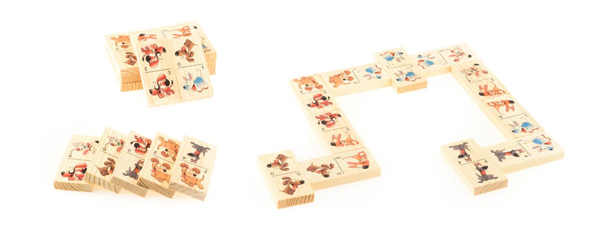 Развивающие деревянные игрушки Домино Веселые собачкиД415аБОЛЬШОЕ ДОМИНО для детей — отличная разивающая игрушка из экологичного материала — натурального дерева, которую мы производим в России. Фишки большого размера — 10х35х70 мм — прекрасно подойдут даже для самых маленьких игроков. Малышу удобно держать такую фишку. Рисунки на ней — яркие и большие. С этой игрушкой можно играть не только дома, но и эффективно использовать для занятий в детском саду. Играя, ребёнок развивает целый спектр навыков: моторику, логику, воображение, а также изучает окружающий мир, счёт, арифметику и цвета.