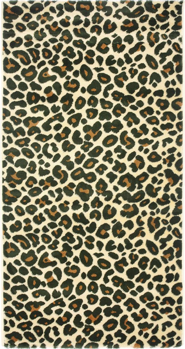 Ковер Kamalak Tekstil, прямоугольный, 80 x 150 см. УК-0393УК-0393Ковер Kamalak Tekstil изготовлен из прочного синтетического материала heat-set, улучшенного варианта полипропилена (эта нить получается в результате его дополнительной обработки). Полипропилен износостоек, нетоксичен, не впитывает влагу, не провоцирует аллергию. Структура волокна в полипропиленовых коврах гладкая, поэтому грязь не будет въедаться и скапливаться на ворсе. Практичный и износоустойчивый ворс не истирается и не накапливает статическое электричество. Ковер обладает хорошими показателями теплостойкости и шумоизоляции. Оригинальный рисунок позволит гармонично оформить интерьер комнаты, гостиной или прихожей. За счет невысокого ворса ковер легко чистить. При надлежащем уходе синтетический ковер прослужит долго, не утратив ни яркости узора, ни блеска ворса, ни упругости. Самый простой способ избавить изделие от грязи - пропылесосить его с обеих сторон (лицевой и изнаночной). Влажная уборка с применением шампуней и...