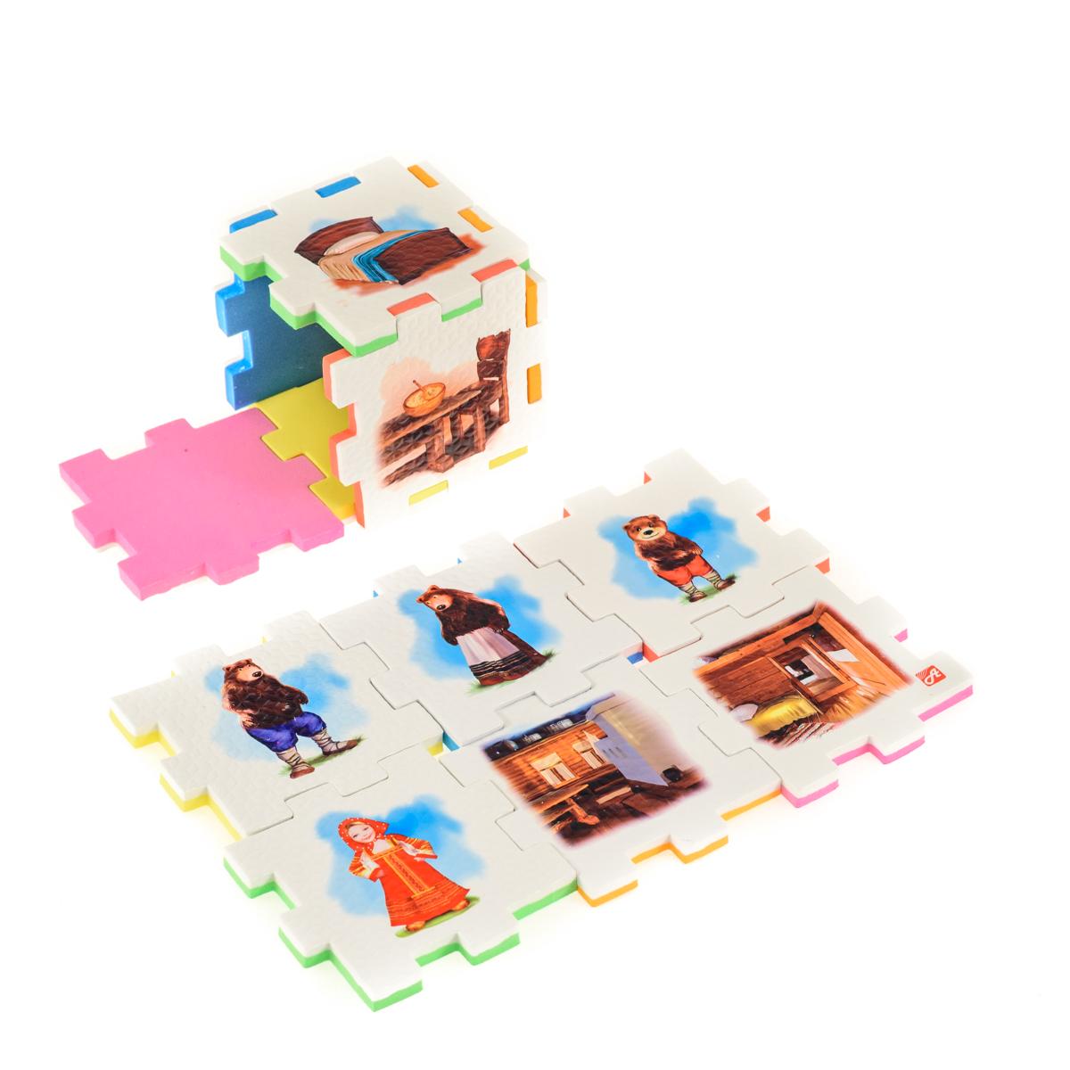 Нескучный кубик Пазл для малышей Три медведя282377Развивающее пособие-игрушка призвано в легкой игровой форме помочь ребенку познакомиться с окружающим миром, изучить цвета, формы, развить логическое и ассоциативное мышление. Из деталей кубика можно конструировать не только кубик из 6 элементов! Попробуйте собрать форму побольше — из 10-12 деталей, либо кубик из 24 деталей, у которого каждая сторона будет состоять из 4-х картинок-элементов. Либо вы можете сложить с ребенком необычный коврик из деталей кубика. Кубики «Сказки» можно использовать как наглядное пособие для сказочных игр с ребенком, например как демонстрационный материал, выкладывая героев в соответствующей последовательности. В дальнейшем ребенок самостоятельно будет играть с любимыми героями, рассказывать сказки и устраивать представления, развивая воображение и устную речь.