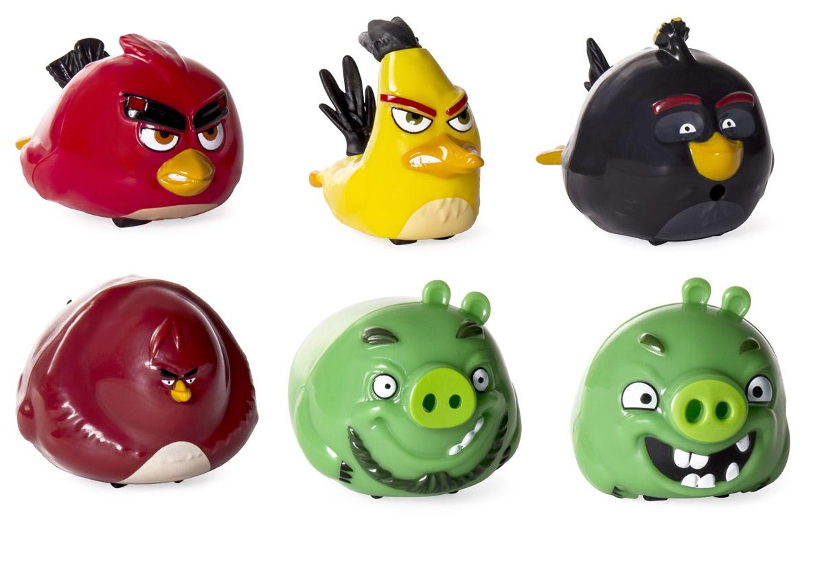 Angry Birds Набор машинок Angry Speedsters 5 шт90508Набор из 5 игрушек на колесах Angry Birds Angry Speedsters предназначен для маленьких любителей игры про сердитых птичек. В наборе собраны 5 разных персонажей Angry Birds, птички и свинки. Внешний вид игрушек точно передает образы своих персонажей. Благодаря колесикам можно разыгрывать сценки из мультика и бомбить соперника. Машинки сделаны из ударопрочного пластика, который с легкостью выдержит столкновение.