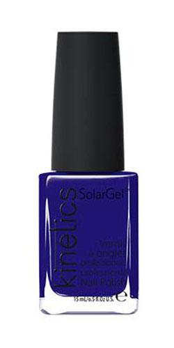 Kinetics Профессиональный лак SolarGel Polish, 15 мл, тон 327KNP327Новое поколение профессиональных гелевых лаков для ногтей, которые наносятся как обычный лак, а выглядят как гель. Ультра модные и классические цвета, поражают своей стойкостью и разнообразием оттенков. Стойкость до 10 дней, не требует специальной сушки в UV/LED лампе. Рекомендуется использовать с верхним покрытием SolarGel Top Coat