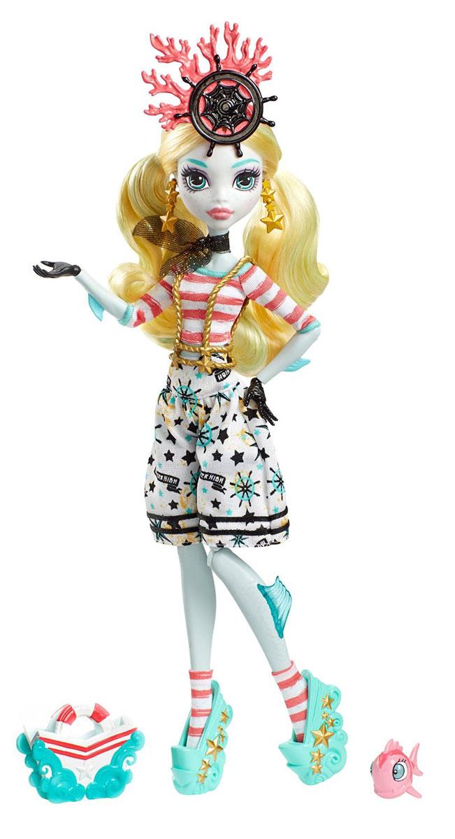 Monster High Кукла Пиратская авантюра Лагуна БлюDTV88_DTV91Лагуна Блю - дочь Морского монстра. Девочка с бледно-зеленоватой кожей и длинными волосами одета в стильные шорты с ярким принтом и полосатую футболку. На ногах - изящные босоножки на высокой платформе. Завершают яркий образ зловещей модницы серьги в форме морских звезд и оригинальный ободок. Шикарные длинные волосы куклы можно расчесывать. К кукле прилагается сумка для морских находок и очаровательная рыбка. Вашей малышке понравится воссоздавать сцены или разыгрывать с куклой сюжеты собственных историй. Руки, ноги и колени у куклы шарнирные, это позволяет придать разнообразные позы. Порадуйте поклонницу Монстер Хай удивительной новинкой в пиратском стиле, подарив ей эту замечательную куколку.