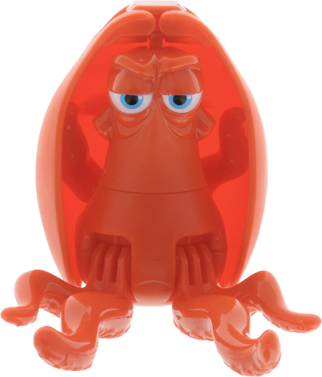 EggStars Яйцо-трансформер Хэнк84662Яркая, необычная игрушка яйцо-трансформер EggStars Хэнк, превращающаяся в любимого героя полнометражного анимационного фильма для детей В поисках Дори - отличный подарок для всех поклонников этой чудесной сказки. Дружелюбный осьминог по имени Хэнк - один из персонажей мультфильма. Игрушка, выполненная в виде этого героя, в несколько шагов складывается в гладкое яйцо. Малыш сможет собирать и разбирать игрушку самостоятельно, в игровой форме получая навыки простой трансформации одного предмета в другой, тренируя моторику пальчиков, совершенствуя логическое мышление и память. Небольшие размеры игрушки позволяют брать ее с собой и играть в любое свободное время, скрасить скучное время в длительной дороге или же собрать целую коллекцию персонажей мультфильма В поисках Дори.