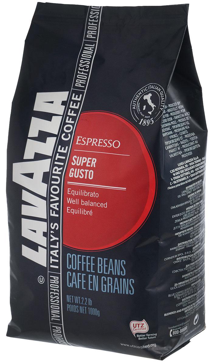 Lavazza Super Gusto UTZ кофе в зернах, 1 кг8000070045170Итальянский насыщенный кофе Lavazza Super Gusto UTZ с большим содержанием высококачественной арабики (80 %). Зерна для кофе Lavazza Super Gusto UTZ выращены на лучших плантациях и заботливо собраны специально для вас. 20 % в напитке составляет робуста. Она гарантирует наличие легкой пенки. Напиток имеет чудесный аромат, с него приятно начинать свое утро. Окунитесь в магию волшебства кофе