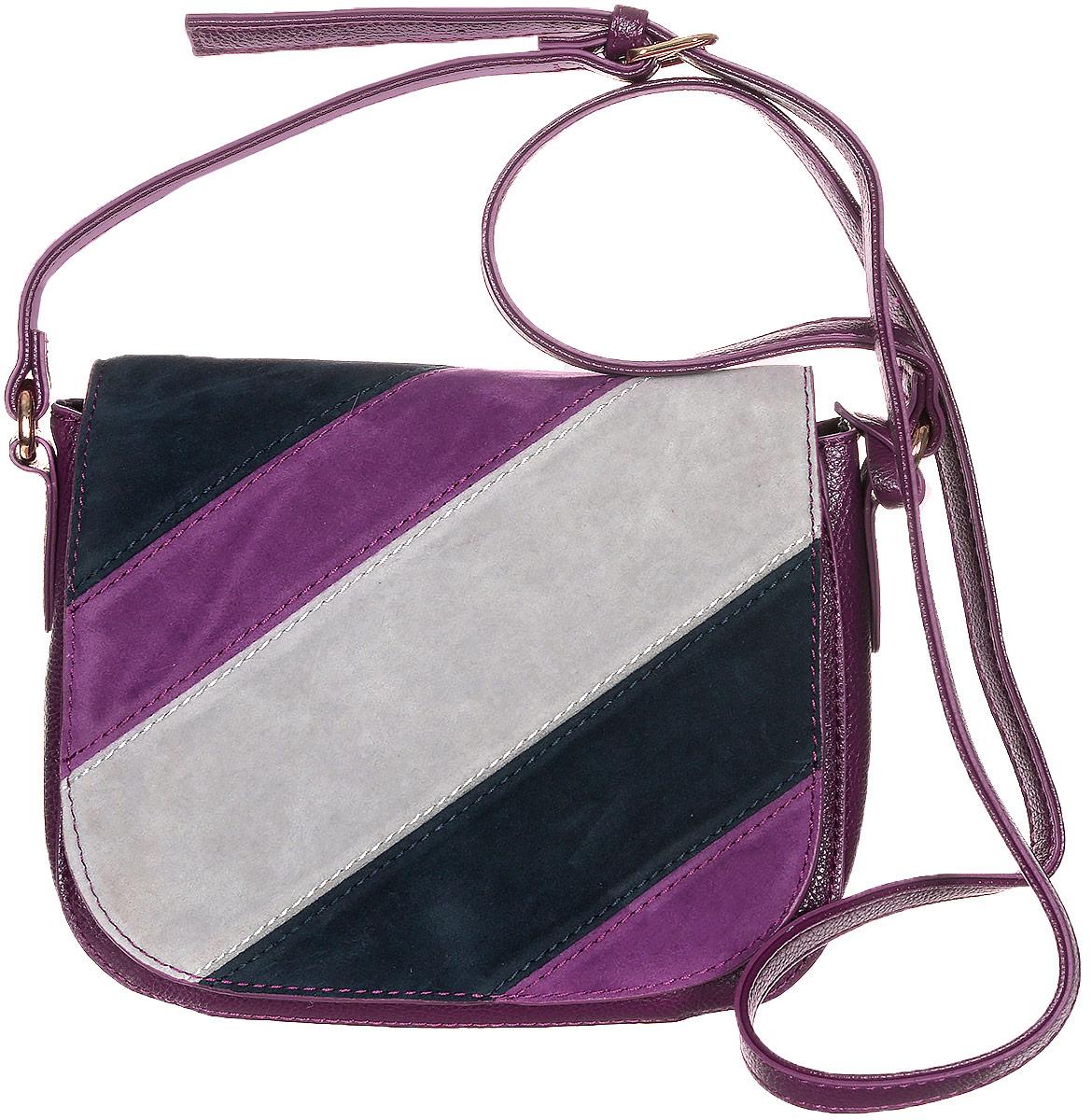 Сумка женская Jane Shilton, цвет: пурпурный, черный, серый. 21792179m_purpleСтильная женская сумка Jane Shilton не оставит вас равнодушной благодаря своему дизайну и практичности. Она изготовлена из качественной искусственной кожи разной текстуры и выполнена в оригинальном дизайне. Сумка оснащена удобным плечевым ремнем, который оформлен фирменной металлической подвеской. Длина ремня регулируется с помощью пряжки. Изделие закрывается клапаном на магнитную кнопку. Под клапаном расположен открытый накладной карман. Внутри расположено главное отделение, которое содержит открытый накладной карман для телефона и один вшитый карман на молнии для мелочей. Такая модная и практичная сумка завершит ваш образ и станет незаменимым аксессуаром в вашем гардеробе.