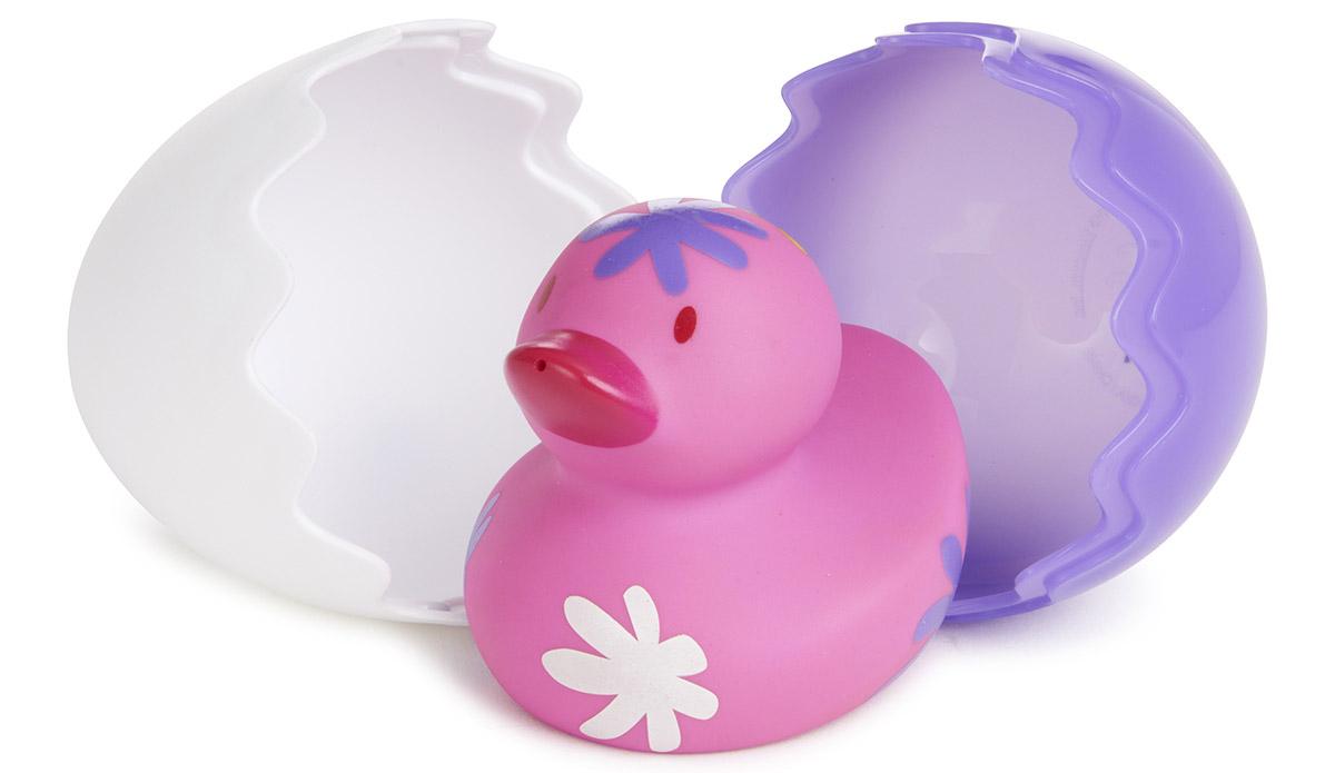 Munchkin Игрушка для ванной Утенок цвет фиолетовый белый12309_фиолетовый, белыйИгрушка для ванной Munchkin Утенок непременно понравится вашему малышу и превратит купание в веселую игру. Утенок создан специально для самых маленьких. Он вылупляется из скорлупы, удивляя своей необычной расцветкой, и доставляет крохе массу удовольствия во время купания! Утенок брызгается водой. Скорлупками можно зачерпывать и переливать водичку. Игрушка развивает мелкую моторику. Миссия Munchkin, американской компании с 20-летней историей: избавить мир от надоевших и прозаических товаров, искать умные инновационные решения, которые превращают обыденные задачи в опыт, приносящий удовольствие. Понимая, что наибольшее значение в быту имеют именно мелочи, компания создает уникальные товары, которые помогают поддерживать порядок, организовывать пространство, облегчают уход за детьми - недаром компания имеет уже более 140 патентов и изобретений, используемых в создании ее неповторимой и оригинальной продукции. Munchkin делает жизнь родителей легче!