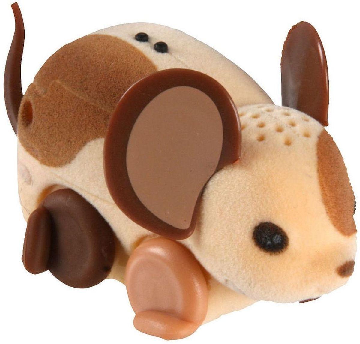 Little Live Pets Интерактивная игрушка Мышка цвет бежевый коричневый28188/ast28135(28187,28188,28189,28190,28191,28192)Интерактивная игрушка Little Live Pet Мышка изготовлена из высокопрочного пластика, обтянутого флоком. Тело игрушки на ощупь напоминает настоящую шерстку мышонка. Вместо лапок у мышки - колесики. Благодаря колесам мышка легко и быстро передвигается, разворачивается по кругу. Если мышка засыпает, ее нужно погладить по спинке. Там у нее расположен сенсор. Кнопка включения расположена на месте рта. Мышка умеет издавать звуки, похожие на настоящий писк и фырканье. Игрушка развивает внимательность, фантазию и мелкую моторику. Рекомендовано для детей от 5 лет. Для работы требуются 3 батарейки типа AG13 (LR44) (комплектуется демонстрационными).