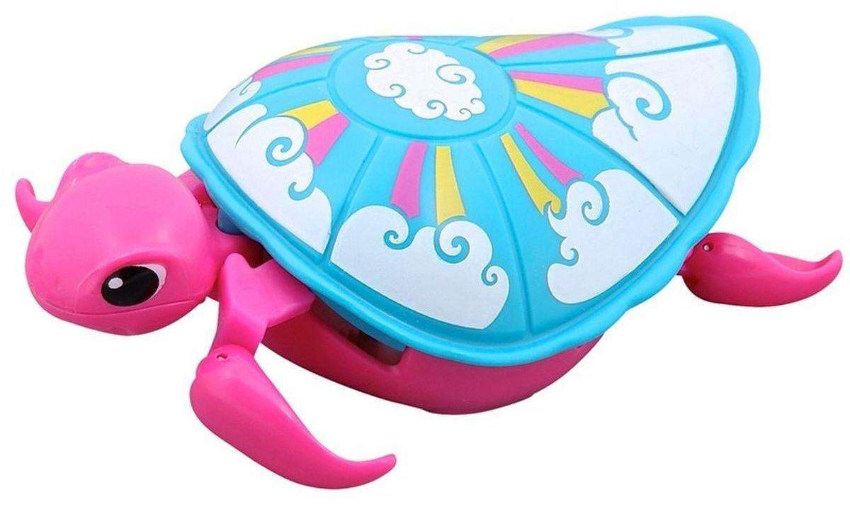 Little Live Pets Интерактивная игрушка Черепашка цвет розовый голубой28254/ast28181(28252,28253,28254,28255)Интерактивная черепашка Little Live Pets порадует вас ярким видом и забавными движениями. На брюшке черепахи находится кнопка для включения-выключения игрушки. Питомец отлично ползает по суше и плавает в воде. При движении черепашка передвигает ластами и шевелит головой словно настоящая. Купание с питомцем обязательно вызовет у ребенка неподдельный восторг, даже такое нелюбимое занятие как мытье головы пройдет незамеченным. Не рекомендуется играть с черепашкой в морской воде и на песке. Для работы требуются 1 батарейка типа AАА (не входит в комплект).