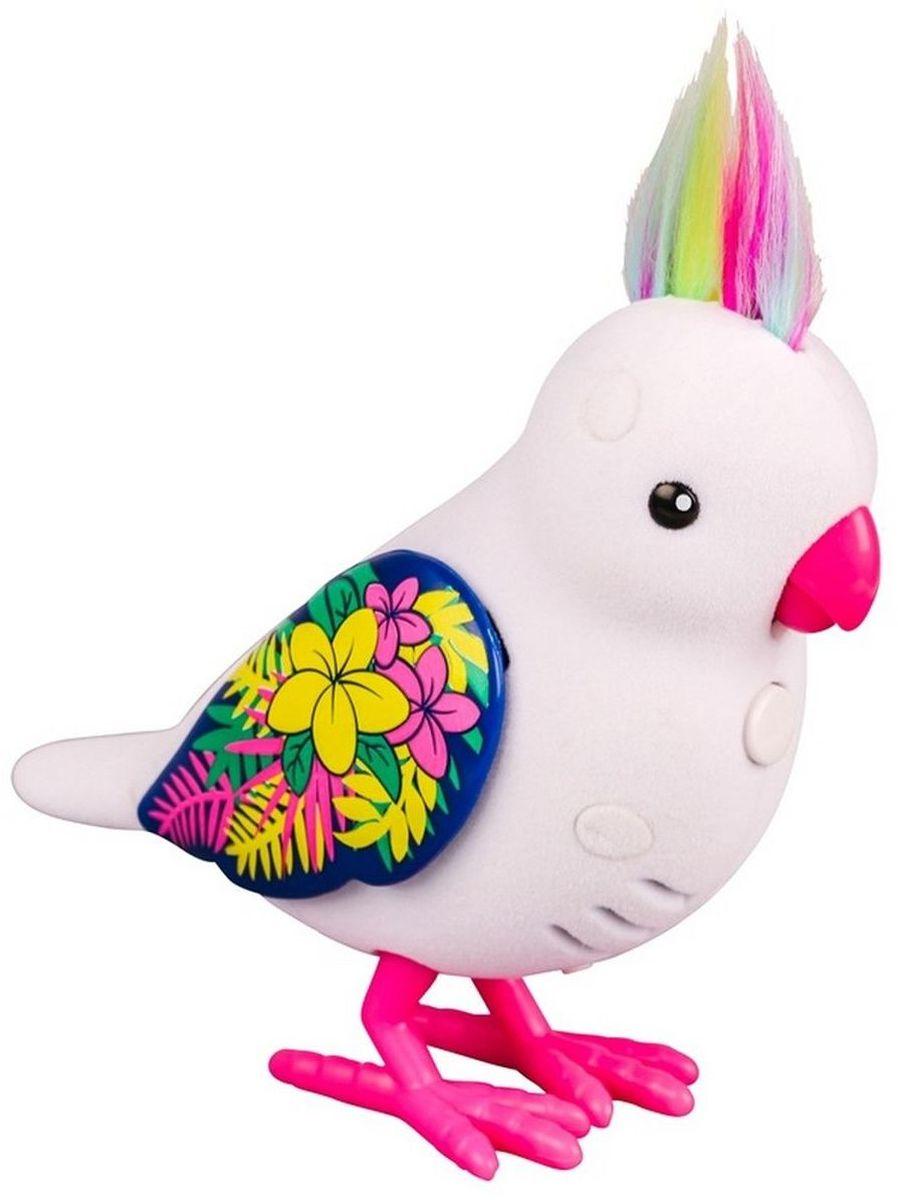 Little Live Pets Интерактивная игрушка Птичка цвет белый28235/ast28232(28234,28235,28236,28237,28238,28239)Интерактивная птичка Little Live Pets порадует вас ярким видом и звонким пением. На брюшке птички находится переключатель включения-выключения. На спинке - сенсорный датчик. Если птичку погладить по голове, она споет для вас. В ее репертуаре 30 мелодий. В одиночестве она щебечет и тихо поет, чтобы на нее обратили внимание. Через полчаса в одиночестве птичка засыпает, чтобы разбудить ее, нужно нажать на кнопку на ее груди. Если эту кнопку удерживать, птичка повторит за вами произнесенную фразу. У птички двигаются лапки, и она взмахивает своими крылышками. Это замечательный подарок для тех, кто по каким-то причинам не может завезти в доме настоящую птичку. Игрушка изготовлена из высококачественного пластика, обтянутого приятным на ощупь флоком. Ребенок с радостью будет брать с собой на прогулку своего питомца, ведь он помещается в маленькой ладони малыша. Для работы требуются 2 батарейки типа AАА (не входят в комплект).