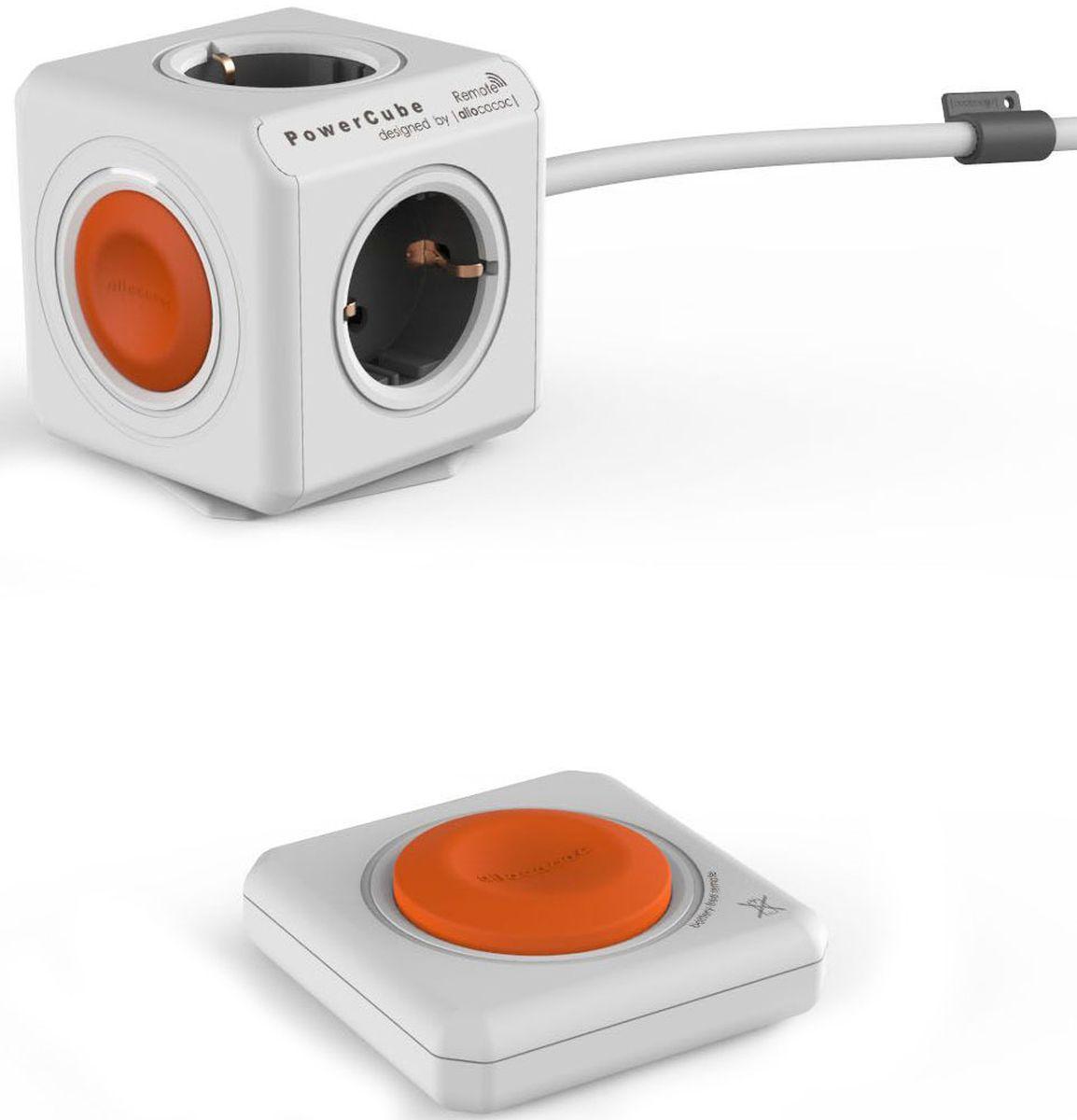 Allocacoc PowerCube Extended Remote Set, White сетевой разветвитель1512/EUEXRMДанная версия Allocacoc PowerCube Extended Remote Set, оснащенная креплением, может быть установлена в любом месте: на столе, на стене, под столешницей и т.д. Разветвитель с ДУ PowerCube Remote устанавливает новый стандарт удобства в использовании. Пульт ДУ PowerRemote имеет одну большую кнопку. Клейкая лента многоразового применения позволяет установить пульт ДУ на видном и легкодоступном месте, так что он никогда не потеряется. Кроме того, модульная конструкция позволяет соединить пульт ДУ PowerRemote с несколькими разветвителями PowerCube и наоборот, чтобы создать такую систему, которая будет полностью отвечать Вашим потребностям. И на удивление... в пульте ДУ PowerRemote НЕ ИСПОЛЬЗУЮТСЯ БАТАРЕЙКИ, так как компания Allocacoc заботится о защите окружающей среды.