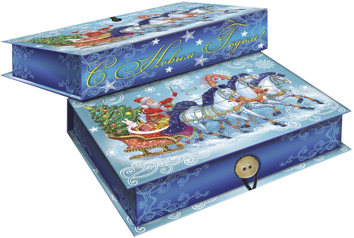 Коробка подарочная Magic Time Дед Мороз на тройке, 18 х 12 х 5 см. 4177241772Подарочная коробка Magic Time Дед Мороз на тройке, выполненная из мелованного, ламинированного картона, закрывается на пуговицу. Крышка оформлена декоративным рисунком. Подарочная коробка - это наилучшее решение, если вы хотите порадовать ваших близких и создать праздничное настроение, ведь подарок, преподнесенный в оригинальной упаковке, всегда будет самым эффектным и запоминающимся. Окружите близких людей вниманием и заботой, вручив презент в нарядном, праздничном оформлении. Плотность картона: 1100 г/м2.