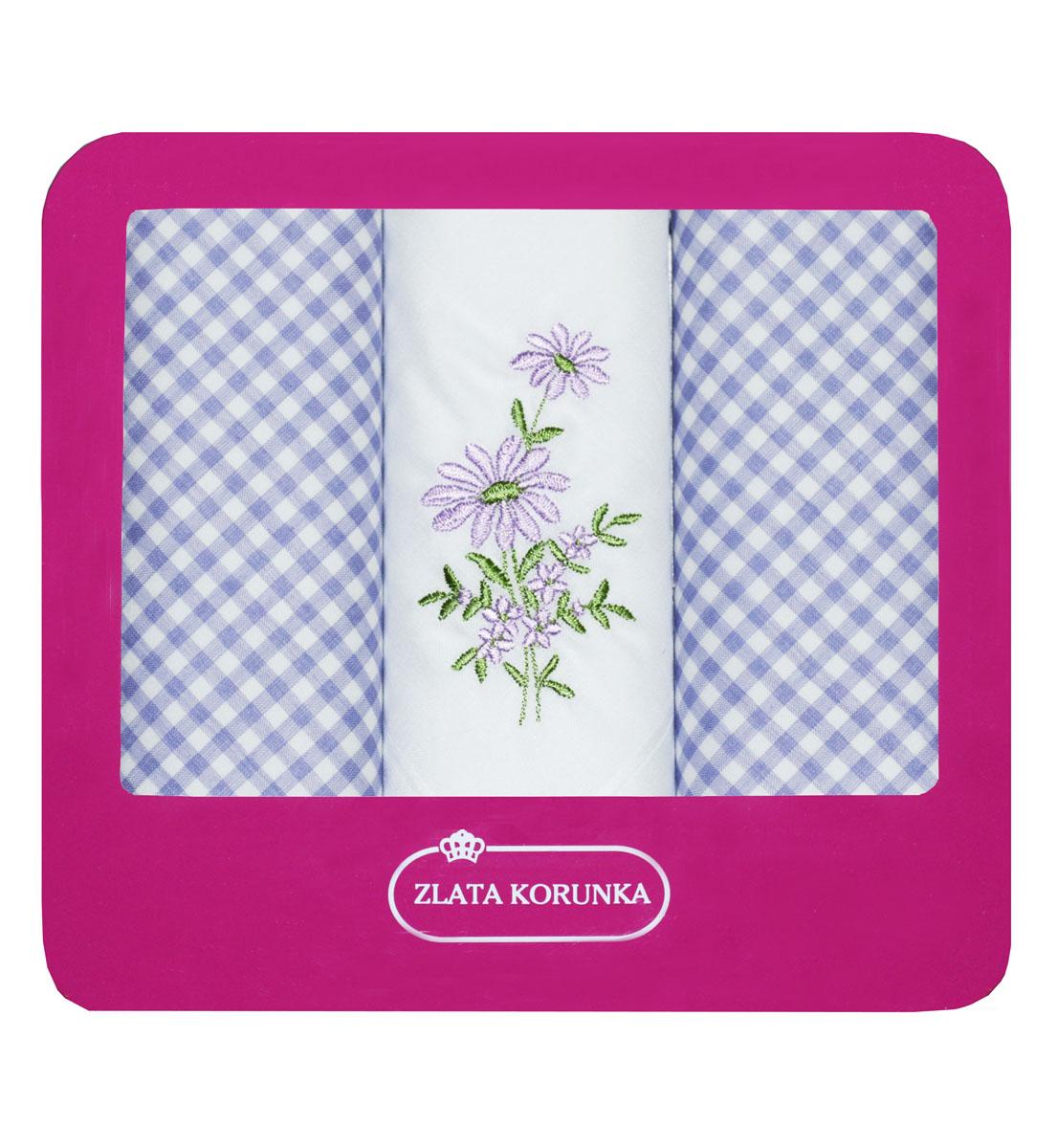 Платок носовой женский Zlata Korunka, цвет: белый, голубой, 3 шт. 90330-4. Размер 29 см х 29 см90330-4Небольшой женский носовой платок Zlata Korunka изготовлен из высококачественного натурального хлопка, благодаря чему приятен в использовании, хорошо стирается, не садится и отлично впитывает влагу. Практичный и изящный носовой платок будет незаменим в повседневной жизни любого современного человека. Такой платок послужит стильным аксессуаром и подчеркнет ваше превосходное чувство вкуса. В комплекте 3 платка.