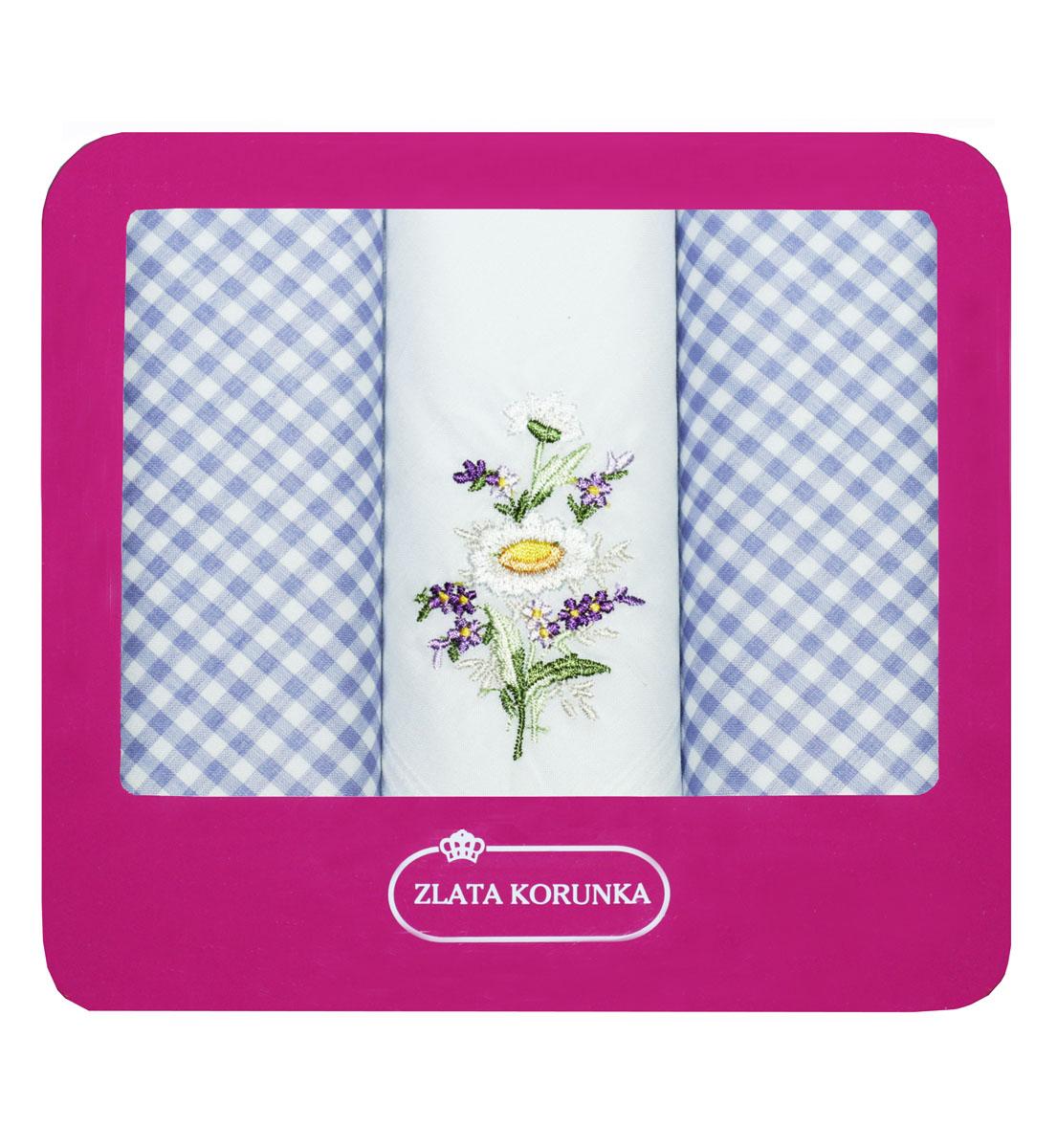 90330-5 Zlata Korunka Носовой платок женский, цвет: мультиколор, 29х29 см, 3 шт90330-5Платки носовые женские в упаковке по 3 шт. Носовые платки изготовлены из 100% хлопка, так как этот материал приятен в использовании, хорошо стирается, не садится, отлично впитывает влагу.
