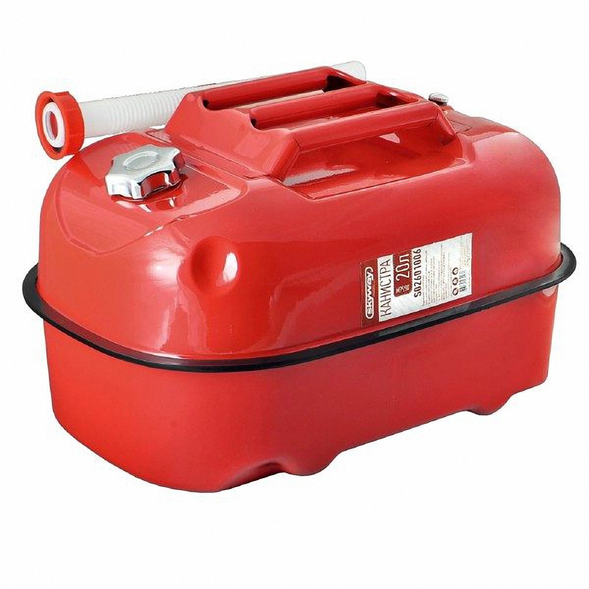 Канистра Skyway, цвет: красный, 20 лS02601006Металлическая канистра предназначена для хранения жидкостей, в том числе топлива и топливных смесей. Изготовлена из стали холодного проката, что обеспечивает повышенную прочность. Внешняя поверхность оцинкована и окрашена. Внутреннее фосфатированное антикоррозийное покрытие препятствует образованию ржавчины. Ребра жесткости на боковых поверхностях канистры придают ей прочность при механических воздействиях. Устойчивая конструкция канистры предотвращает ее перемещение в багажнике при интенсивном движении, снижая уровень нежелательного шума. Механический механизм горловины предохраняет содержимое от протекания, а особые материалы резиновой прокладки придают ей высокую долговечность и устойчивость к механическим повреждениям в процессе эксплуатации. Конструкция рычажного механизма крышки предотвращает появления люфта при активной эксплуатации. Специализированная форма носика исключает проливание жидкости. В комплект входит трубка-лейка, что позволяет...