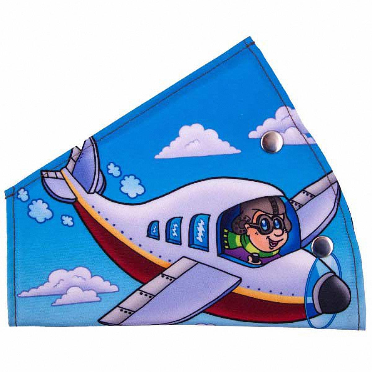 Адаптер ремня безопасности Skyway СамолетикS04007012Детский адаптер ремня безопасности, изготовленный из полиэстера и декорированный красочным рисунком, удерживает ремень безопасности в положении, удобном для человека небольшого роста. Удерживающее устройство можно установить на любой трёхточечный ремень безопасности. Подходит для ремней безопасности как слева, так и справа. При перевозке ребёнка до 12 лет адаптер ремня безопасности разрешено устанавливать только на ремни заднего сиденья. Адаптер прост в установке, легко фиксируется при помощи быстрозастегивающегося крепления. Изделие уменьшает давление ремней на тело ребёнка, удаляет ремень от лица ребенка, обеспечивая ему комфорт во время поездок. Тип крепления: кнопки.