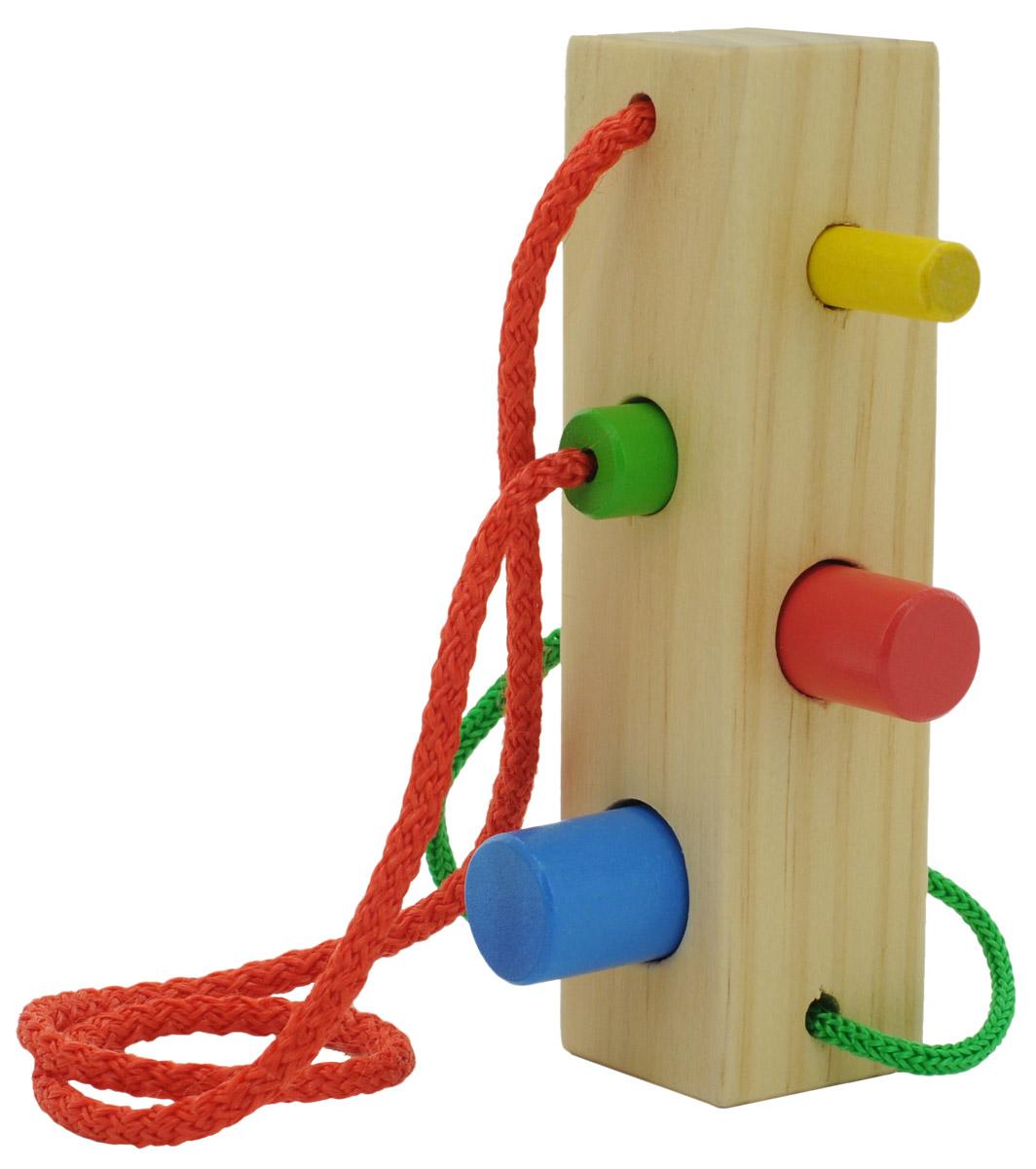 Мир деревянных игрушек Шнуровка-сортер БрусочекД390Шнуровка-сортер Брусочек - это развивающая игрушка, которая прекрасно подойдет детям от трех лет. Она состоит из крупного деревянного бруска с выемками и двух шнурков, которые заканчиваются колышками разных цветов и размеров. Чтобы продеть шнурок в брусок нужно правильно подобрать размер выемки - это занятие надолго увлечет вашего ребенка и будет способствовать его гармоничному развитию. Данная игрушка развивает у детей моторику, учит различать цвета и размеры.