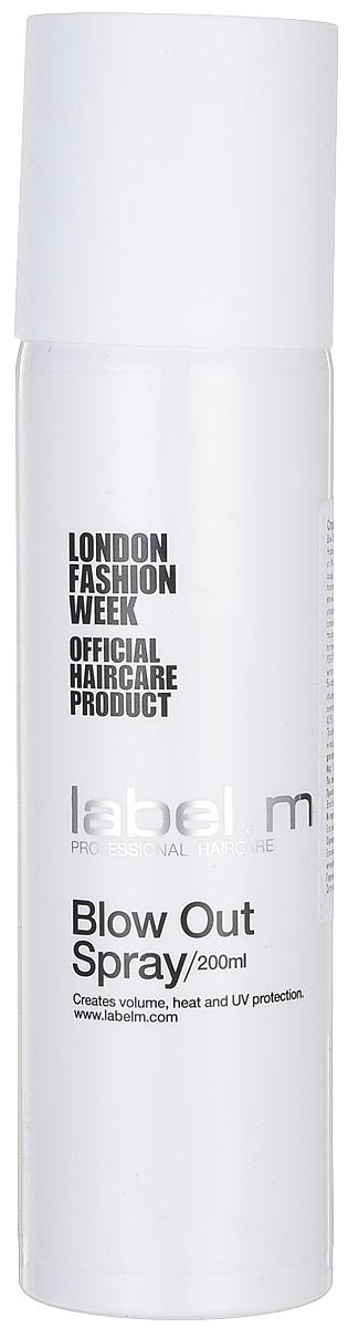 Label.m Спрей для объема Blow Out Spray, 200 млLFST0150Кондиционирует, увлажняет и защищает волосы при использовании фена и утюгов. Защищает от влажности. Придает объем, легкую фиксацию. Содержит инновационный комплекс Enviroshield, который защищает волосы от термического воздействия во время укладки и от УФ лучей и воздействия окружающей среды.