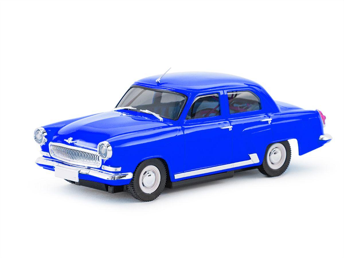 Pilotage Радиоуправляемая модель ГАЗ21 Волга 2wd RTR цвет синийRC17296Миниатюрной моделью «ГАЗ-21» можно любоваться часами. Точно изготовленный кузов в мельчайших деталях повторяет пропорции настоящего автомобиля. Рубиновые задние фонари и прозрачные фары, молдинг вдоль порога, дворники и антенна. Во внешнем облике модели читается красивый профиль с плавно ниспадающей линией боковины и обилие хромового декора! Автомобиль управляется по двум каналам: вперед/назад при помощи электронного регулятора оборотов, и влево/вправо при помощи сервомеханизма