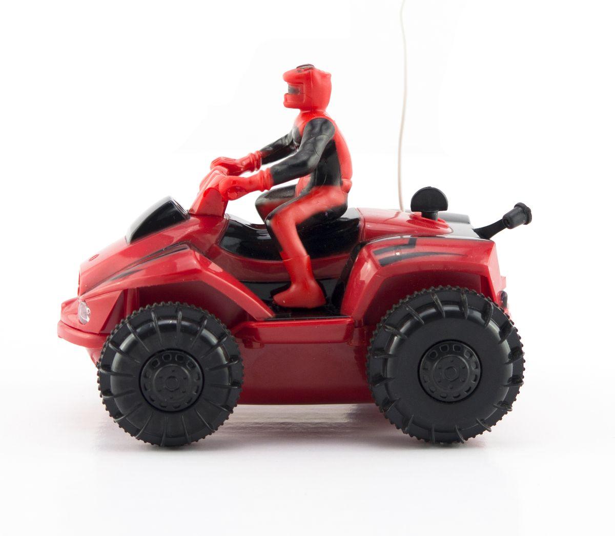 Pilotage Квадроцикл на радиоуправлении цвет красныйRC42695Модель оснащена специальными колесами с гребными лопастями, что позволет с легкостью ездить (плавать) даже по воде!!! Нажатие специальной кнопки на пульте увеличивает скорость движения почти в два раза! Понятное управление квадрациклом и его полукопийный внешний вид, сделают его любимой игрушкой как для вашего ребенка так и для вас. Простое нажатие кнопки моментально изменяет направление и скорость движения. Благодаря оптимальным размерам и внедорожным шинам, Данный квадроцикл можно использовать как дома, так и на улице.