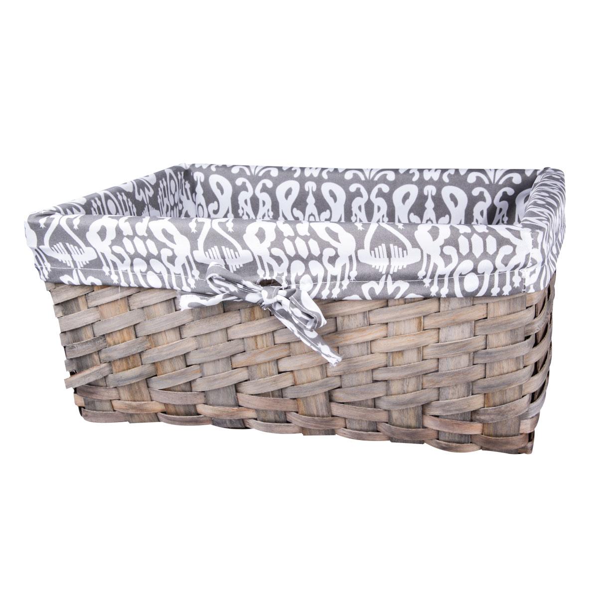 Корзина плетеная Miolla, 37 х 26 х 17 см. QL400435-LQL400435-LЛучшее решение для хранения вещей - корзина для хранения Miolla. Экономьте полезное пространство своего дома, уберите ненужные вещи в удобную корзину и используйте ее для хранения дорогих сердцу вещей, которые нужно сберечь в целости и сохранности. Корзина изготовлена из дерева. Специальные отверстия на стенках создают идеальные условия для проветривания. Размер корзины: 37 х 26 х 17 см.