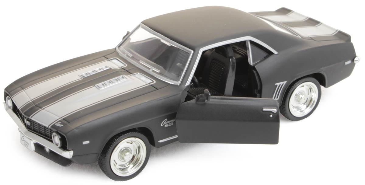 Рыжий Кот Модель автомобиля Chevrolet Camaro И-1212И-1212Модель Chevrolet Camaro И-1212 - миниатюрная копия настоящего автомобиля. Стильная модель автомобиля привлечет к себе внимание не только детей, но и взрослых. Этот автомобиль, без сомнения, известен всем автолюбителям. Игрушка представлена в масштабе 1:32 и является копией настоящего авто. Повышенную прочность модели обеспечивает металлический корпус. В оформлении использованы пластиковые элементы, колеса обладают свободным ходом. Такая модель станет отличным подарком не только любителю автомобилей, но и человеку, ценящему оригинальность и изысканность, а качество исполнения представит такой подарок в самом лучшем свете.