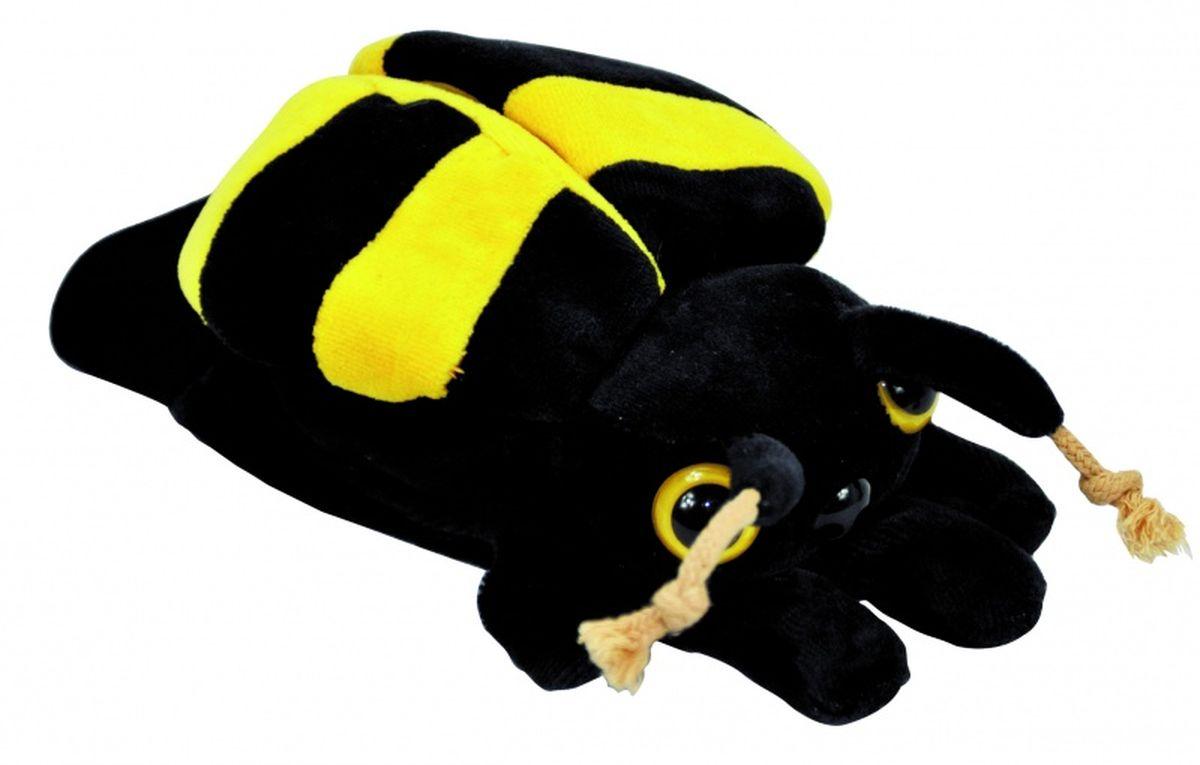 Beleduc Кукла на руку Пчела40036Плюшевая игрушка «Пчела» - это очаровательная мягкая игрушка, выполненная в виде забавного зверька, вызовет умиление и улыбку у каждого, кто ее увидит. Она станет замечательным подарком, как ребенку, так и взрослому. Игрушка удивительно приятна на ощупь и способствуют развитию мелкой моторики рук малыша. Мягкая игрушка может стать милым подарком, а может быть и лучшим другом на все времена. Способствует развитию логического и образного мышления, учит различать предметы по цвету и размеру, развивает мелкую моторику рук.
