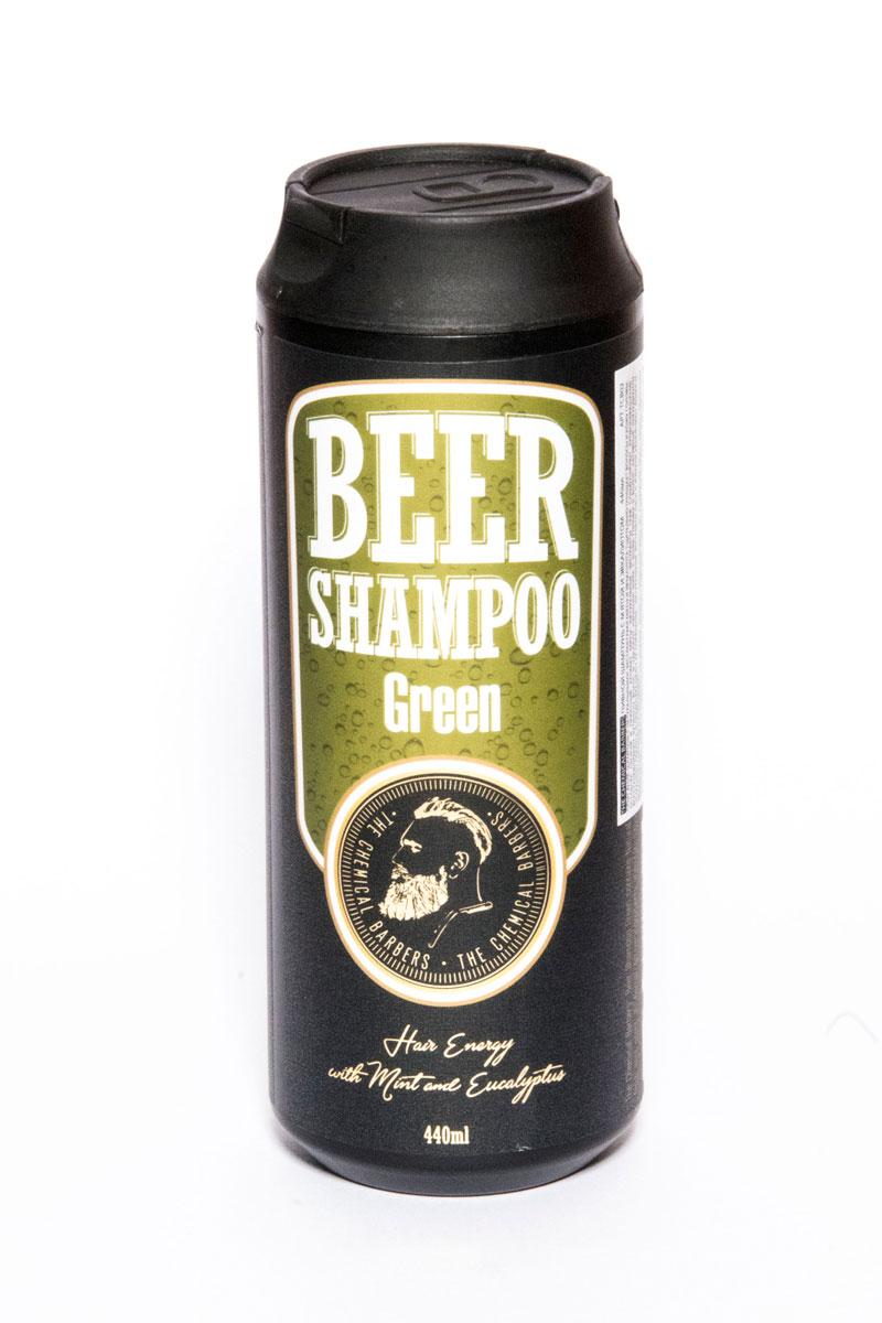 The Chemical Barbers Шампунь Beer Shampoo Green 440 мл11650005Шампунь с натуральными экстрактами мяты и эвкалипта тщательно очищает волосы и кожу головы, оставляя свежий и приятный аромат мяты. Натуральные экстракты трав стимулируют кровообращение, восстанавливают кутикулу волос и удаляют излишки жира с кожи головы и волос. Активные ингредиенты устраняют перхоть и предотвращают ее появление. Натуральные экстракты овса и ячменя увлажняют волосы, делая их гладкими и блестящими.