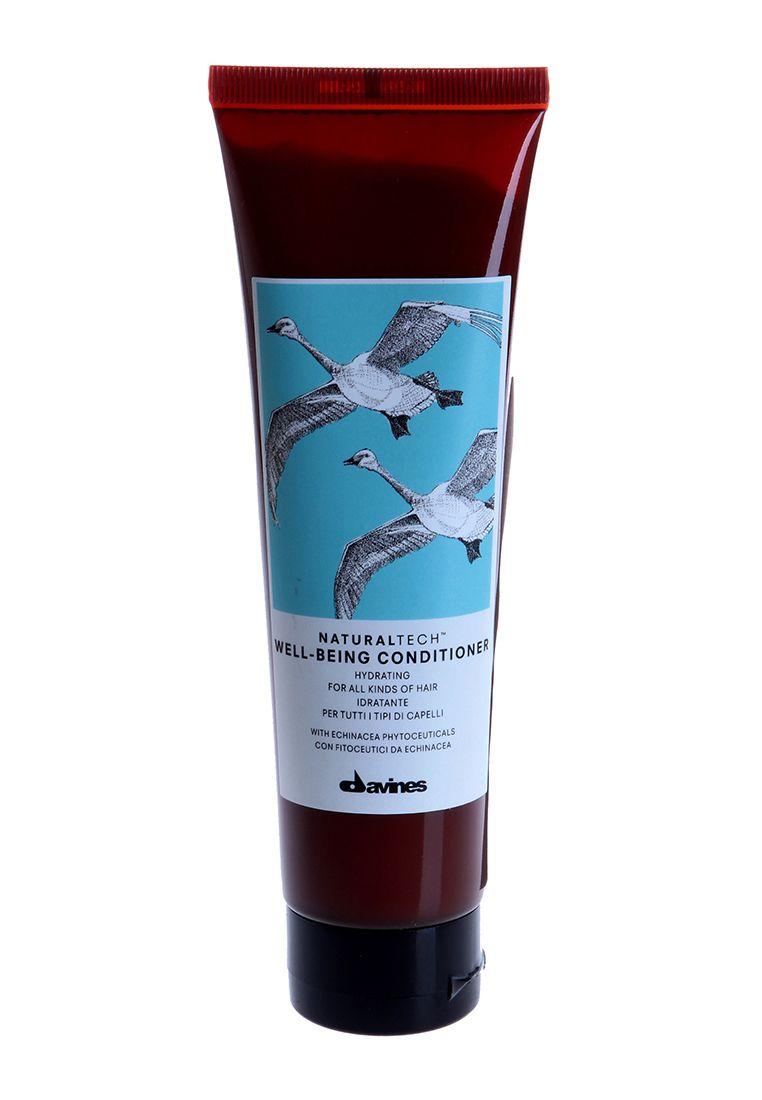 Davines Увлажняющий кондиционер для здоровья волос New Natural Tech Well-Being Conditioner, 150 мл71174Кондиционер для здоровья волос подходит для ухода за всеми типами волос. В формулу кондиционера входит фитоактив эхинацеи – мощнейший антиоксидант, который содержит множество витаминов и аминокислот, а также кальций, цинк и селен, необходимые для здоровья волос. Эфирные масла мускатного ореха, сандалового дерева и гвоздики питают и укрепляют ваши волосы. рH 4.