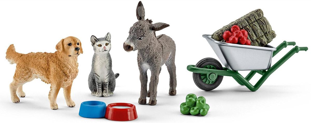 Schleich Набор фигурок Кормление на ферме 3 шт41423Набор фигурок Кормление на ферме поможет сделать игру еще более увлекательной, а жизнь в игрушечной ферме полноценной и удобной. В набор входят: собака, кошка, ослик, тачка с сеном, яблоки, 2 миски для кормления животных. Все игрушки из набора выполнены из качественного материала с мельчайшей прорисовкой деталей. Игровые элементы имеют реалистичный внешний вид, приятны на ощупь и позволяют детям играть с большим удовольствием.
