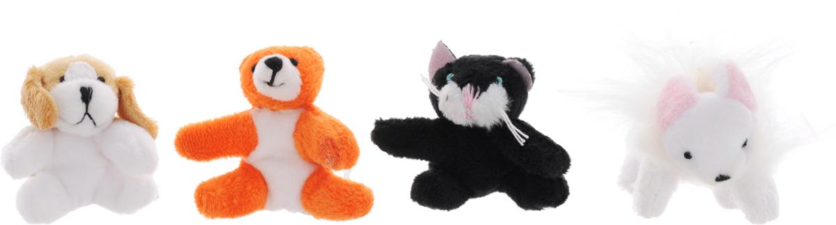 Beanzees Набор мягких игрушек Macy Kassie Biscuit Dewey 5 смB34021Набор, включающий четыре миниатюрные мягкие игрушки в красочной упаковке в виде домика - отличный подарок для вашей дочурки. Симпатичные крошечные плюшевые зверюшки Beanzees - это игрушки три в одном. Их приятно держать в руках, увлекательно коллекционировать, а кроме того - их можно соединять между собой с помощью липучек и носить как оригинальное украшение на шею или на руку. По легенде эти крошечные животные обитают все вместе в волшебном лесу под названием Бинзилэнд, в котором всегда ярко светит солнышко и цветут растения. Размер игрушек не превышает 5 см, они выполнены из мягкого гипоаллергенного материала, набивка - синтетическое волокно, в том числе специальные пластиковые гранулы, делающие эти игрушки замечательным антистрессом. На лапках зверюшек располагаются маленькие текстильные липучки, с помощью которых игрушки можно соединять друг с другом. В набор входят мышка Macy, котик Kassie, медвежонок Biscuit и песик Dewey.