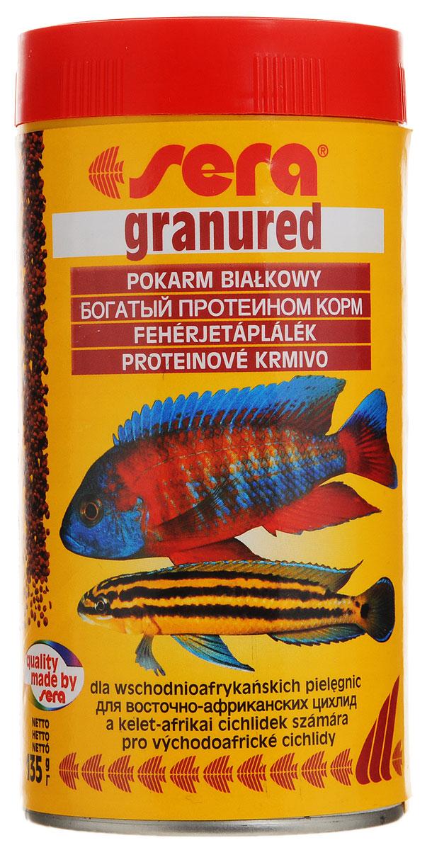 Корм Sera Granured, для плотоядных рыб, 135 г15978Корм для плотоядных рыб Sera Granured имеет высокое процентное содержание высококачественных белков из водных организмов и поэтому предназначен для преимущественно хищных цихлид. При комбинировании с другими кормами Sera является интересным разнообразием также и для всеядных видов рыб. Вновь посаженные рыбы переходят на этот корм без проблем. Корм сохраняет свою форму и таким образом остается привлекательным для рыб и после погружения. Товар сертифицирован.