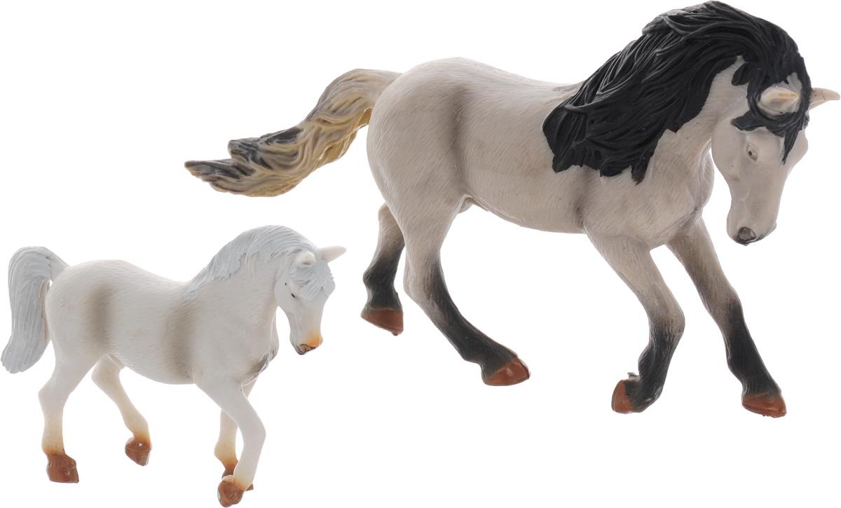 Ami&Co Набор фигурок Лошади 2 шт 1375113751Набор фигурок Ami&Co Лошади отличный подарок для вашего малыша. Набор познакомит ребенка с видами величественных скакунов. В комплект входят две прекрасно выполненные лошади. Фигурки можно использовать в качестве наглядного пособия при изучении животного мира. Изделия изготовлены из безопасного материала, не токсичны и не вызывают аллергию.
