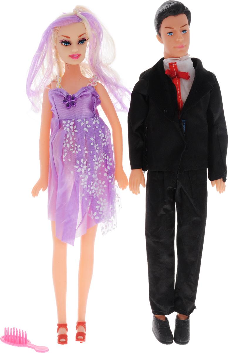 Shantou Набор кукол цвет одежды черный сиреневый белый 2 штJ114-H43081_черный,сиреневый, белыйНабор кукол Shantou поможет вашей малышке окунуться в волшебный семейный мир. В набор входят две куклы, выполненные в виде беременной девушки и ее жениха. Девушка одета в светло-сиреневое платье, жених - в черных костюм. Накладной животик куклы можно снять и появится кукла-малыш. В комплект также входит расческа, чтобы расчесывать длинные светлые волосы куклы. Ваша малышка с удовольствием будет играть с этим набором, придумывая различные истории.