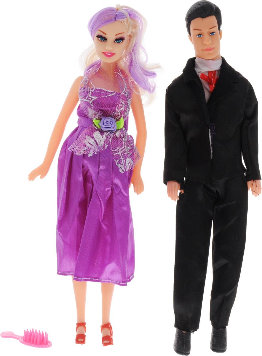 Shantou Набор кукол цвет одежды черный фиолетовый белый 2 штJ114-H43081_черный, фиолетовыйС набором кукол Shantou ваша дочурка окунется в волшебный семейный мир. В набор входят две куклы, выполненные в виде беременной девушки и ее жениха. Девушка одета в фиолетовое платье, жених - в черных классический костюм. Накладной животик куклы можно снять и появится кукла-малыш. В комплект также входит расческа, чтобы расчесывать длинные волосы куклы. Ваша малышка с удовольствием будет играть с этим набором, придумывая различные семейные истории.
