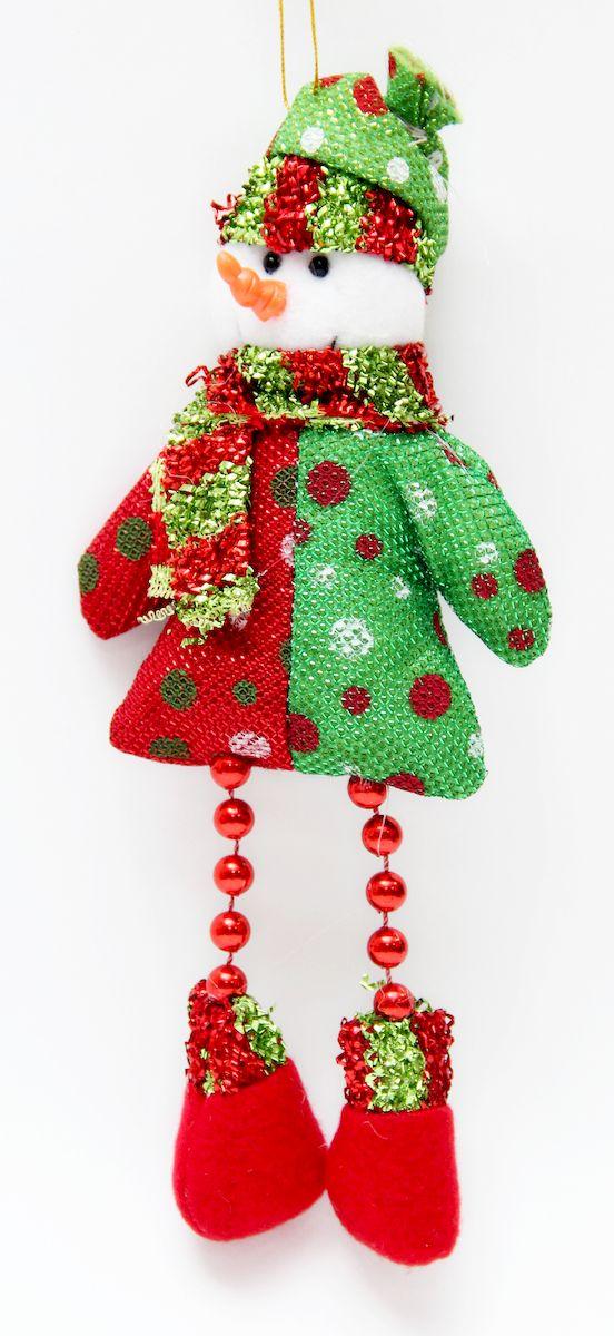 Украшение новогоднее подвесное Феникс-Презент Снеговик красно-зеленый, 23 x 10 х 3 см. 4252842528Новогоднее подвесное украшение Феникс-Презент Снеговик красно-зеленый выполнено из полиэстера в виде снеговика. С помощью специальной петельки украшение можно повесить в любом понравившемся вам месте. Но, конечно, удачнее всего оно будет смотреться на праздничной елке. Елочная игрушка - символ Нового года. Она несет в себе волшебство и красоту праздника. Создайте в своем доме атмосферу веселья и радости, украшая новогоднюю елку нарядными игрушками, которые будут из года в год накапливать теплоту воспоминаний.