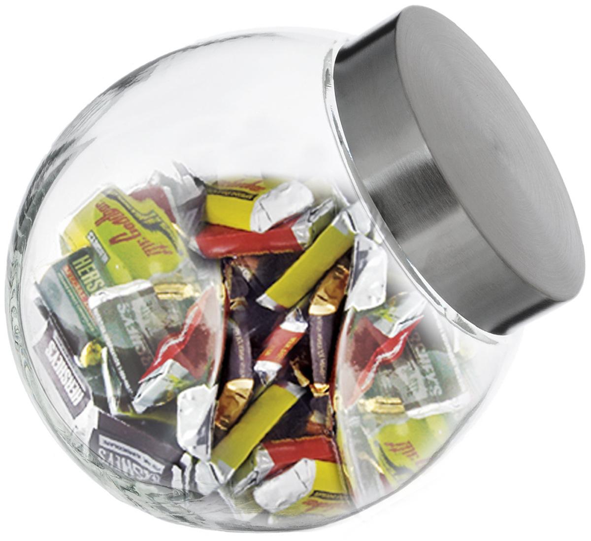 Банка для сыпучих продуктов SinoGlass, 1,73 л9219000Банка для сыпучих продуктов SinoGlass изготовлена из прочного стекла и оснащена плотно закрывающейся крышкой из нержавеющей стали с внутренней пластиковой вставкой. Благодаря этому внутри сохраняется герметичность, и продукты дольше остаются свежими. Изделие предназначено для хранения различных сыпучих продуктов: круп, чая, сахара, орехов и много другого. Функциональная и вместительная банка станет незаменимым аксессуаром на любой кухне. Объем: 1,73 л. Диаметр (по верхнему краю): 10 см. Высота банки (без учета крышки): 17,5 см.