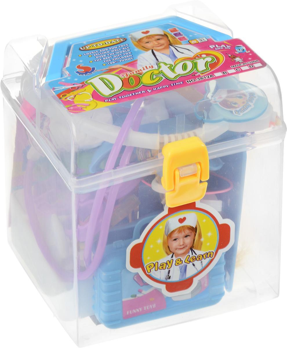 Junfa Toys Игровой набор Family Doctor Девочка3812A_девочкаИгровой набор Junfa Toys Family Doctor в специальном пластиковом чемоданчике станет отличным подарком для юного медика. Набор даст возможность ребенку почувствовать себя настоящим врачом. В наборе множество различных инструментов, без которых лечение больных будет невозможно. Малыш найдет в своем медицинском сундучке зажим, зеркало ЛОРа, фонендоскоп, микроскоп, планшет, градусники и многое-многое другое. В набор также входит маленькая куколка. Куколке нужна срочная помощь! Вылечи куклу и все свои игрушки с помощью этого чудесного набора.
