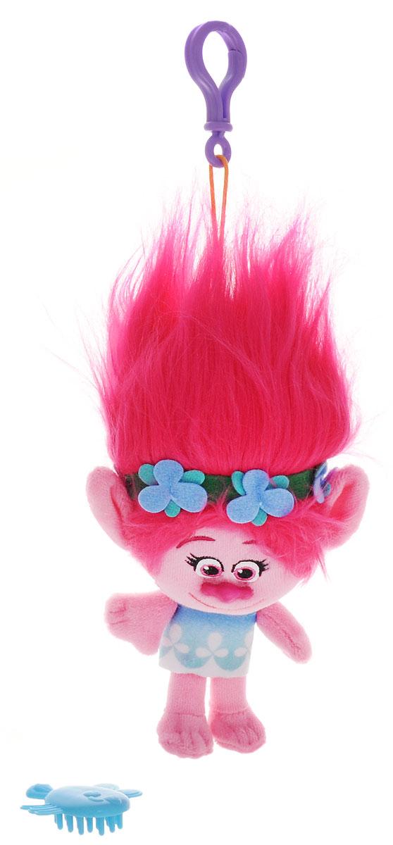 Zuru Брелок Тролль Poppy6202Фигурка-брелок тролля Poppy из детского мультфильма Тролли непременно привлечет внимание вашей малышки. Poppy - симпатичная мягкая игрушка с ярко-малиновыми волосами. Девочка-тролль представлена в голубом платье и с цветочным веночком в волосах. Игрушка выполнена в виде фигурки-брелока, которой можно украсить сумку или портфель. Фигурка с практичным пластиковым карабином на прочном шнурке. В наборе с фигуркой имеется расческа, с помощью которой можно ухаживать за роскошной прической Poppy.