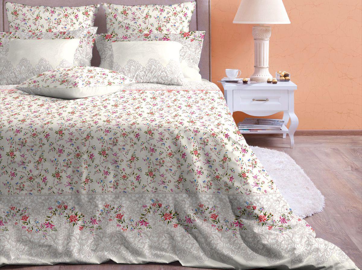 Комплект белья Хлопковый Край Ажур, 2-спальный, наволочки 70x7020б-1ХКссКомплект постельного белья выполнен из качественной бязи и украшен оригинальным рисунком. Комплект состоит из пододеяльника, простыни и двух наволочек. Бязь представляет из себя хлопчатобумажную матовую ткань (не блестит). Главные отличия переплетения: оно плотное, нити толстые и частые. Из-за этого материал очень прочный и практичный. Постельное белье Хлопковый Край экологичное, гипоаллергенное, оно легко стирается и гладится, не сильно мнется и выдерживает очень много стирок, при этом сохраняя яркость цвета и рисунка.