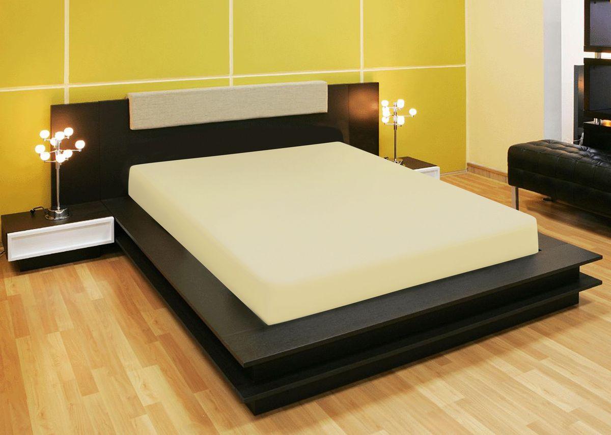 Простыня Amore Mio, на резинке, цвет: бежевый, 200 х 200 см80229Компания «Текстиль Репаблик», уже более 20-ти лет успешно работающая на Российском рынке текстильных товаров для дома, предлагает трикотажные простыни на резинке « Amore Mio». Продукты торговой марки «Amore Mio» зарекомендовали себя исключительно с самой лучшей стороны: сочетающие в себе высокое качество, экологичность, отличные потребительские свойства со сдержанным уровнем цен. Трикотажная простыня на резинке - это уникальный товар, великолепная находка для дома, поскольку сочетает в себе универсальность и удобство. Она легко и ровно фиксируется на поверхности спального места, без замятых или скомканных областей и не съезжает во время сна. Помимо классической функции простыни она исполняет роль защитного чехла для вашего матраца (наматрацник). Трикотажные простыни на резинке «Amore Mio» произведены из качественной 100% хлопковой кулирки. Они обладают высокими тактильными характеристиками, замечательно отводят излишнюю влагу, хорошо пропускают воздух, не нуждаются в глажке, не