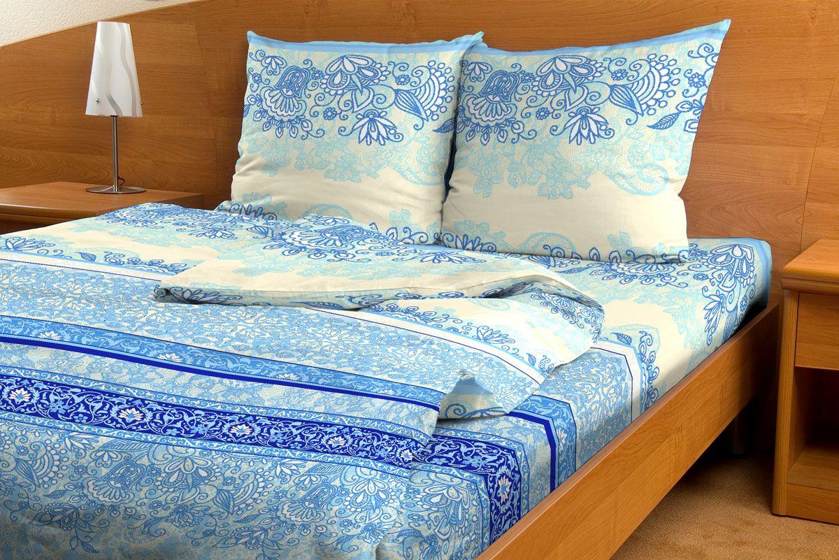 Комплект белья Amore Mio Uzor, 1,5-спальный, наволочки 70x70, цвет: голубой80813Комплект постельного белья Amore Mio является экологически безопасным для всей семьи, так как выполнен из бязи (100% хлопок). Комплект состоит из пододеяльника, простыни и двух наволочек. Постельное белье оформлено оригинальным рисунком и имеет изысканный внешний вид. Легкая, плотная, мягкая ткань отлично стирается, гладится, быстро сохнет. Рекомендации по уходу: Химчистка и отбеливание запрещены. Рекомендуется стирка в прохладной воде при температуре не выше 30°С.