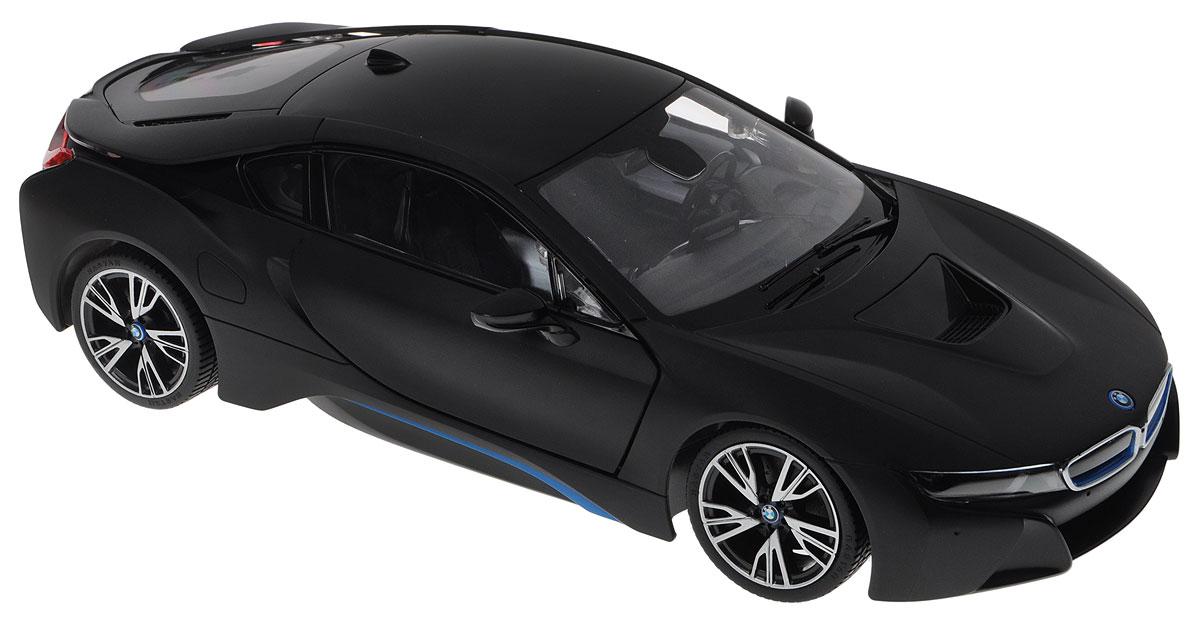 Rastar Радиоуправляемая модель BMW i8 цвет черный масштаб 1:1471010_черныйРадиоуправляемая модель Rastar BMW i8 - это прекрасно смоделированная копия реального автомобиля, отличается хорошей детализацией, световыми эффектами и качественным видом. Отлично подходит для гонок, как дома, так и на улице с друзьями. Все дети хотят иметь в наборе своих игрушек ослепительные, невероятные и крутые автомобили на радиоуправлении. Тем более, если это автомобиль известной марки с проработкой всех деталей, удивляющий приятным качеством и видом. Одной из таких моделей является автомобиль на радиоуправлении Rastar BMW i8. Это точная копия настоящего авто в масштабе 1:14. Авто обладает неповторимым провокационным стилем и спортивным характером. Потрясающая маневренность, динамика и покладистость - отличительные качества этой модели. Машина может осуществлять движение вперед, назад, вправо и влево, при движении назад у нее загораются стоп-сигналы, при движении вперед - фары. Колеса игрушки прорезинены и обеспечивают плавный ход, машинка не портит напольное...