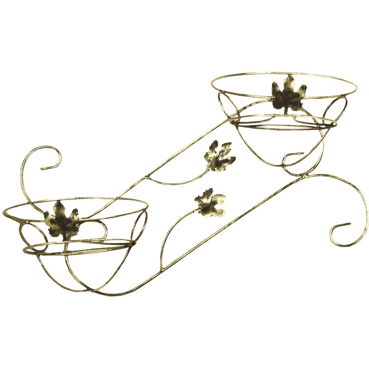 Подставка для цветов Фабрика ковки, настенная, на 2 цветка, цвет: черный, золотистый. 15-10215-102Кованная подставка станет прекрасным украшением любого интерьера. Подставка выполнена из металлических прутьев, цветом черное с золотым. Подставка декорирована кольцами и кленовыми листиками, предназначена для двух цветков. Корзинки при этом размещаются на разных уровнях, что позволяет создавать удивительные цветочные композиции