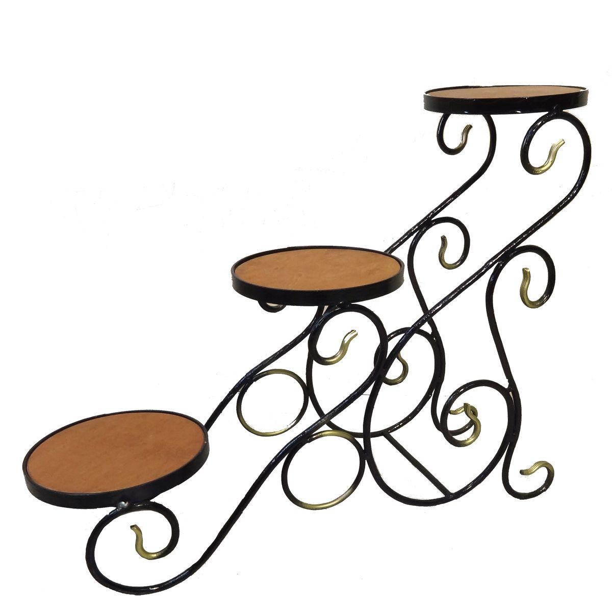 Подставка для цветов Фабрика ковки, на 3 цветка, цвет: черный, коричневый, золотистый59-773Подставка предназначена для размещения трех цветочных кашпо. Выполнена из металлического прутка черного цвета и дерева. Корзинки при этом размещаются на разных уровнях, что позволяет создавать удивительные цветочные композиции. Роль ножек исполняют изогнутые прутки, обеспечивая устойчивое расположение цветков. Оригинальная асимметричная форма подставки придаёт ей особую легкость и невесомость.