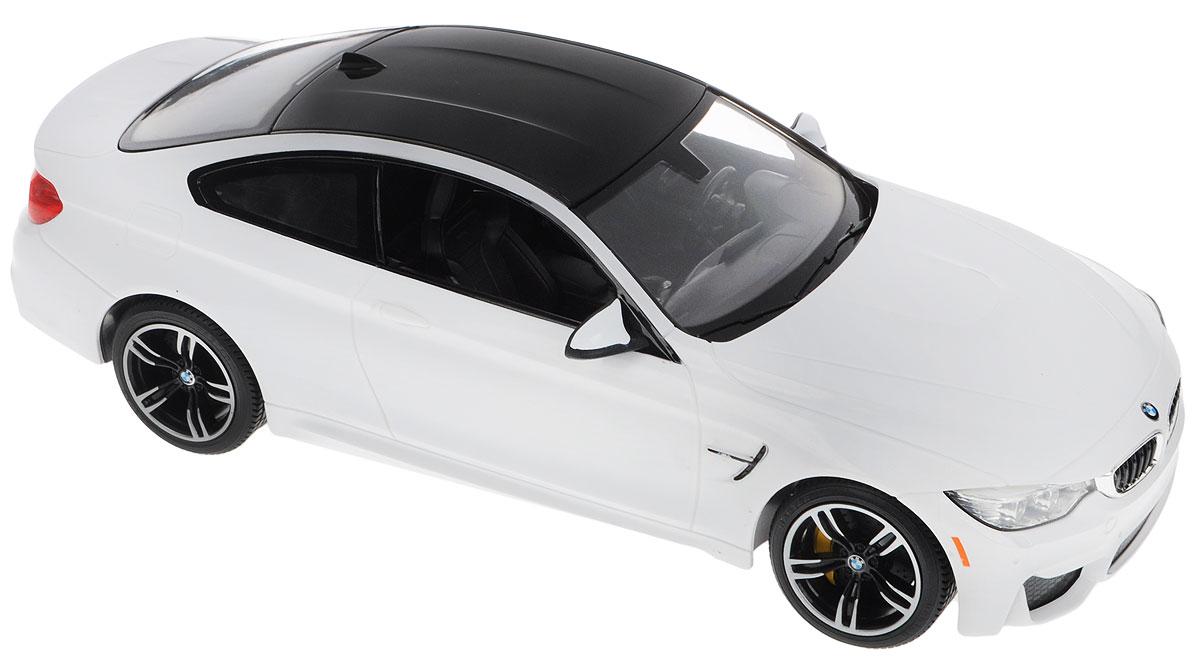 Rastar Радиоуправляемая модель BMW M4 Coupe цвет белый70900_белыйРадиоуправляемая модель Rastar BMW M4 Coupe обязательно привлечет внимание взрослого и ребенка и понравится любому, кто увлекается автомобилями. Маневренная и реалистичная модель выполнена в точной детализации с настоящим автомобилем в масштабе 1:14. Управление машинкой происходит с помощью пульта. Машина двигается вперед и назад, поворачивает направо, налево. Имеются световые эффекты. Колеса игрушки обеспечивают плавный ход, машина не портит напольное покрытие. Пульт управления работает на частоте 27 MHz. Радиоуправляемые игрушки способствуют развитию координации движений, моторики и ловкости. Ваш ребенок часами будет играть с моделью, придумывая различные истории и устраивая соревнования. Порадуйте его таким замечательным подарком! Модель автомобиля работает от 5 батареек напряжением 1,5V типа АА (не входят в комплект). Пульт управления работает от батарейки 9V типа Крона (не входит в комплект).